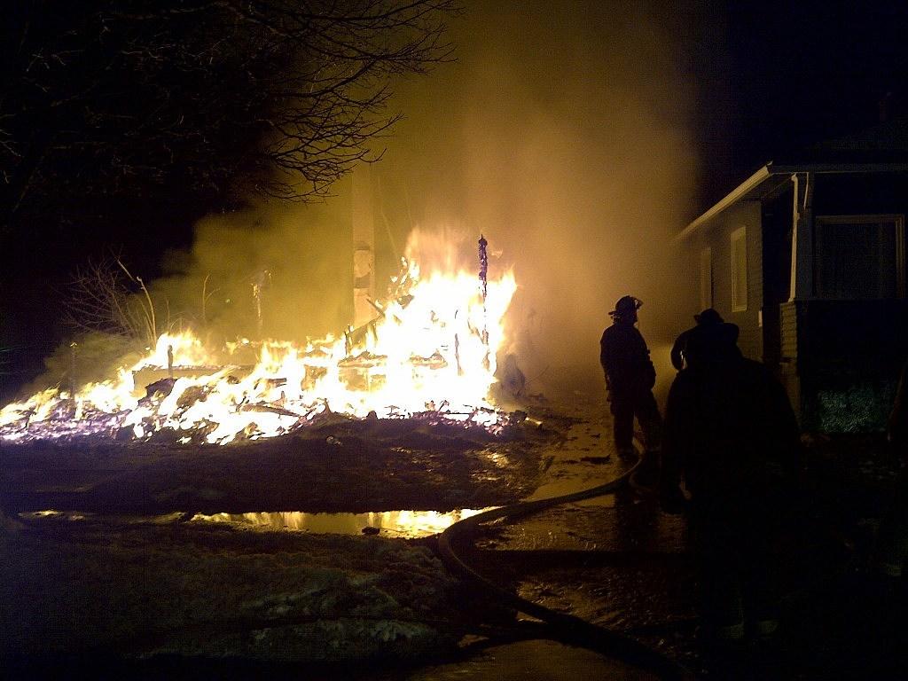 Abandoned House Fire on Flint's East Side